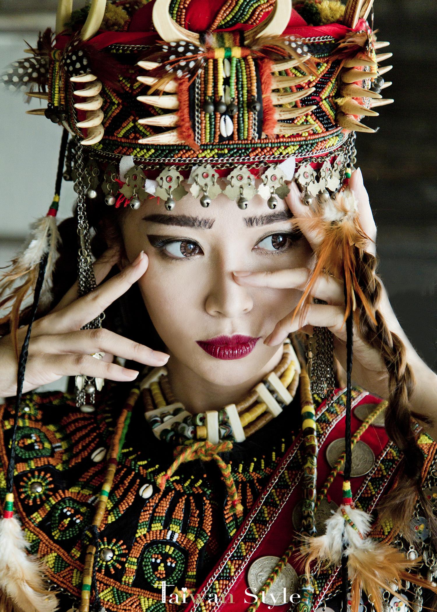 看見台灣百年婚紗之美-原住民排灣魯凱族造型之美-新娘物語 x VVNFS方美玉台南新秘5
